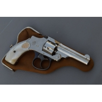 REVOLVER SMITH & WESSON SAFETY HAMMERLESS Cal 32 court - US XXè