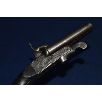 LEFAUCHEUX 37 rue Vivienne à Paris PISTOLET A CLEF CANONS JUXTAPOSE Calibre 7mm à Broche vers 1850 - France XIXè