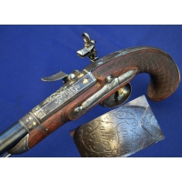 BEAU PISTOLET OFFICIER A SILEX SIGNé RAMON ZULUAGA calibre 17mm - ES XVIIIè