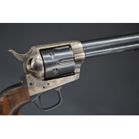 REVOLVER COLT US CAVALERY SINGLE ACTION ARMY 1873 SAA 1er Model Calibre 44 / 40 Winchester